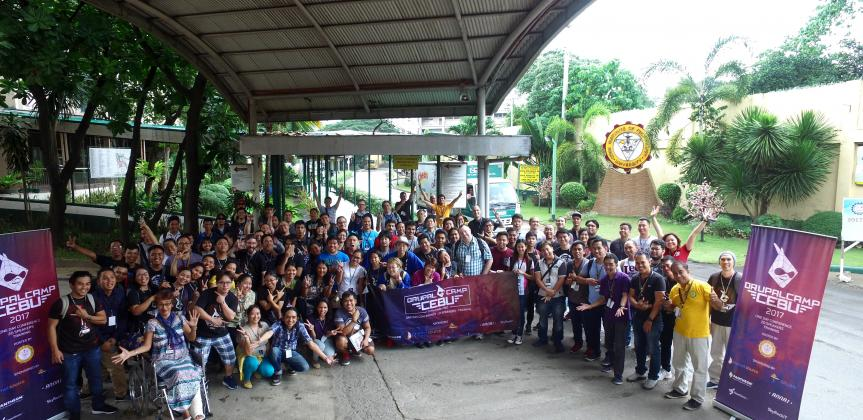 A group image of Drupalcamp Cebu 2017 attendees.
