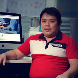 Drupal Solutions Architect Ismael Casimpan profile photo
